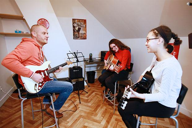 Maison de la musique - Cours de guitare - Orléans